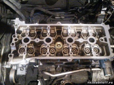 отмытая головка блока при ремонте двигателя