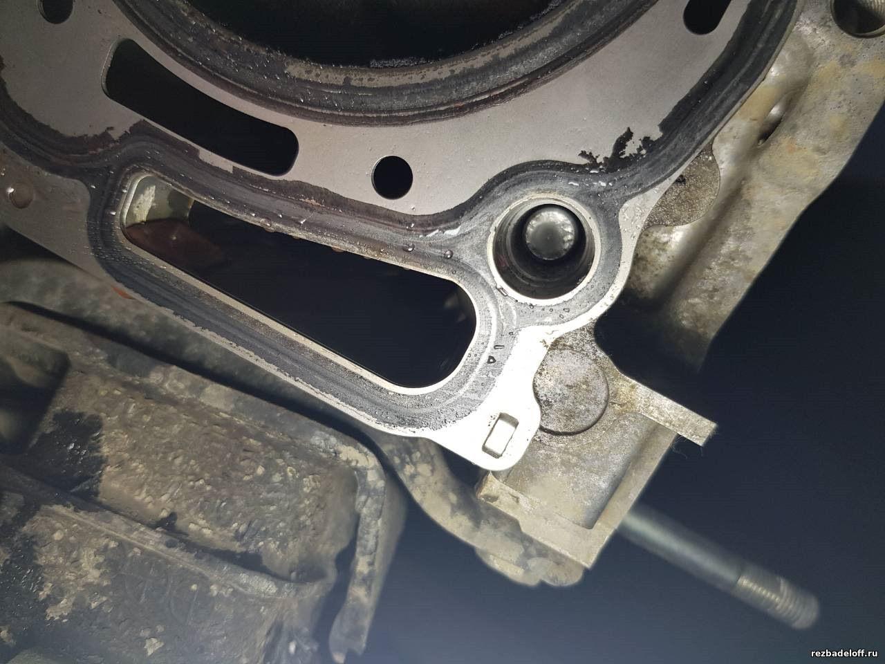 Выкручивание, высверливание сломанных болтов из блока цилиндров