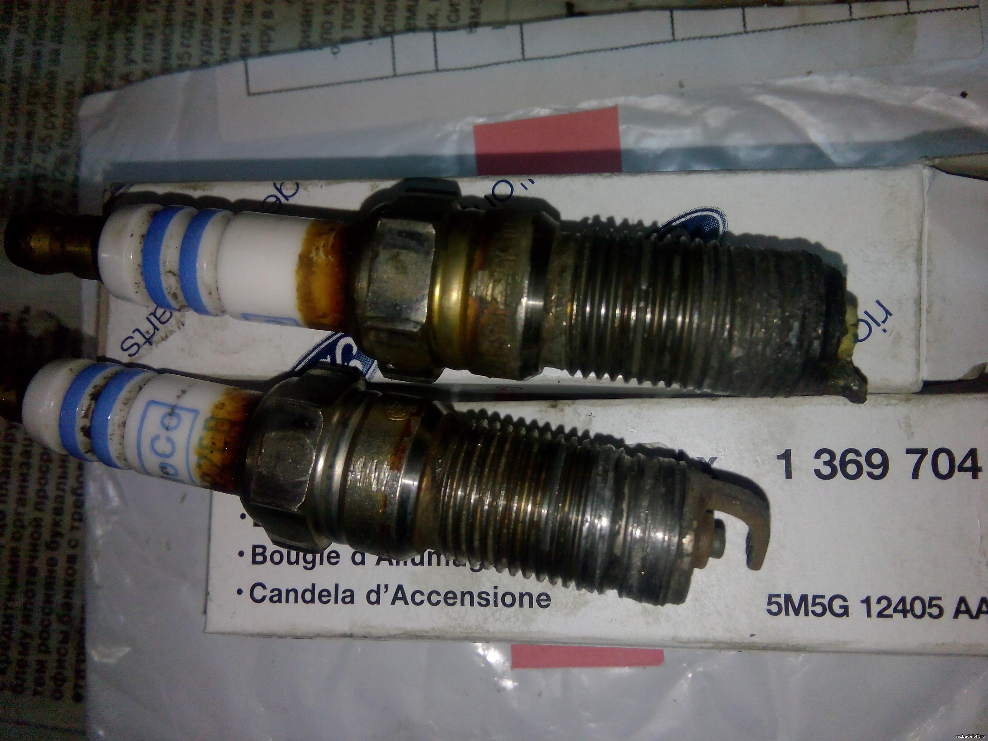 Сломана свеча зажигания. Удаление и ремонт резьбы под свечу зажигания в головке блока.